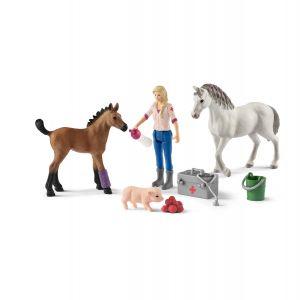 Schleich Farm Life 42486 Visite du veterinaire pour la jument et le poulain