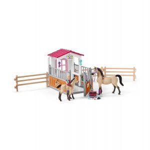 Schleich 42369 Cheval Box avec chevaux arabes et soigneuse de chevaux